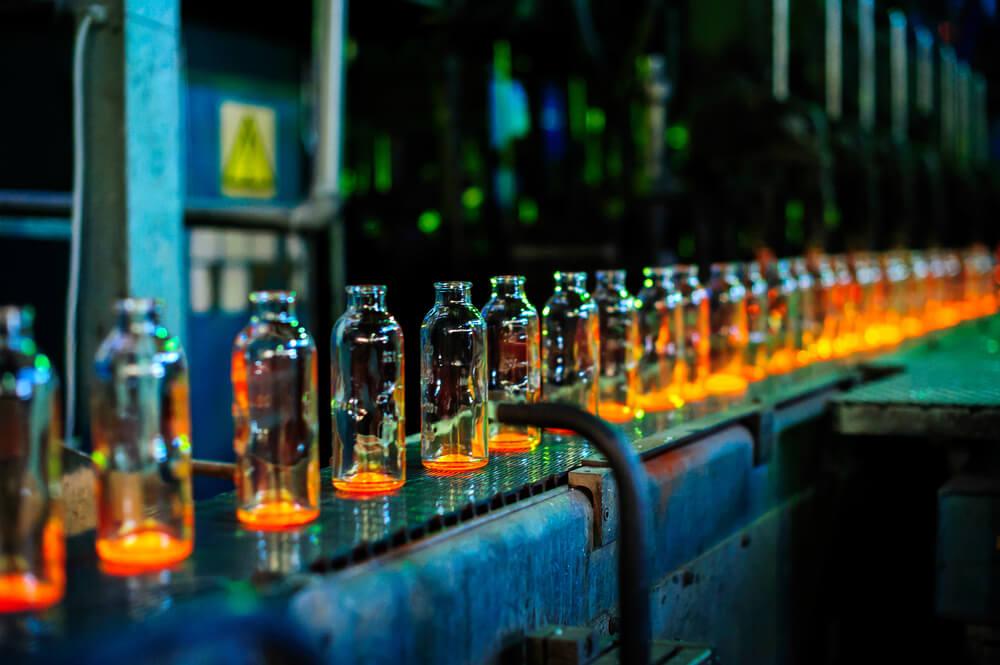 glass assembly line